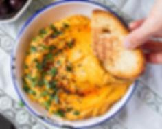 lebanese-pumpkin-hummus-on-toasted-bread