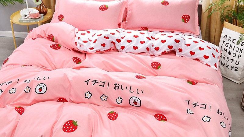 4PC Pink Strawberry Bedding Set