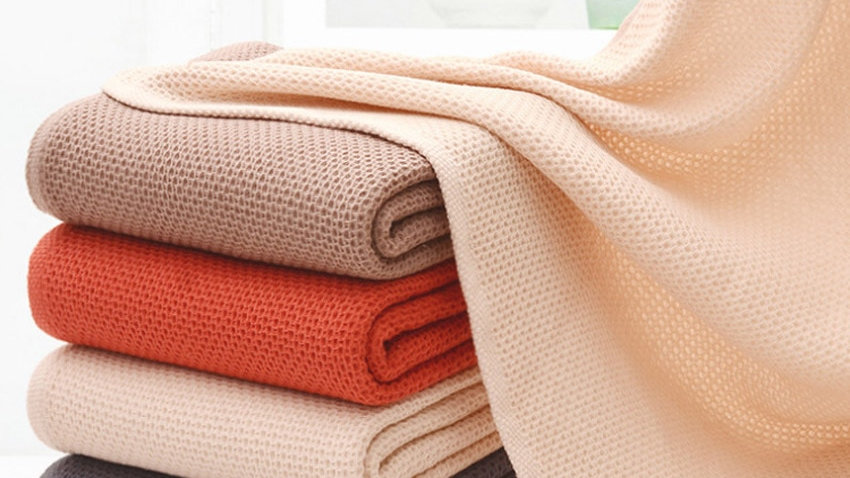 Thicken Jacquard New Honeycomb Absorbent Bath Towels