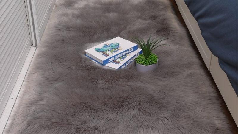 Soft Fluffy Sheepskin Fur Area Rugs
