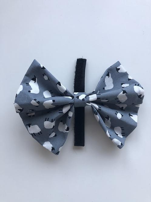 Happy Sheep classic bow tie