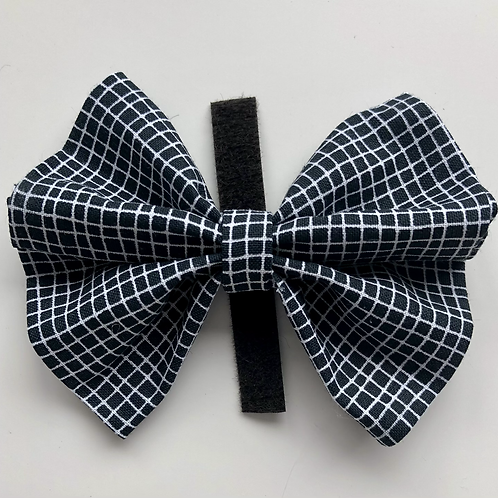 Checkered classic bow tie