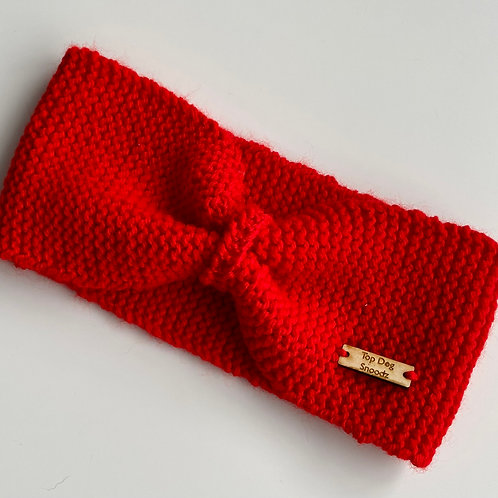 Red bunched snood