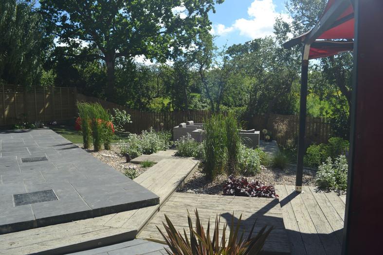 Composite-deck-garden-5-quercus-garden-d