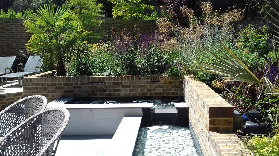 Entertaining-garden-3-quercus-garden-des
