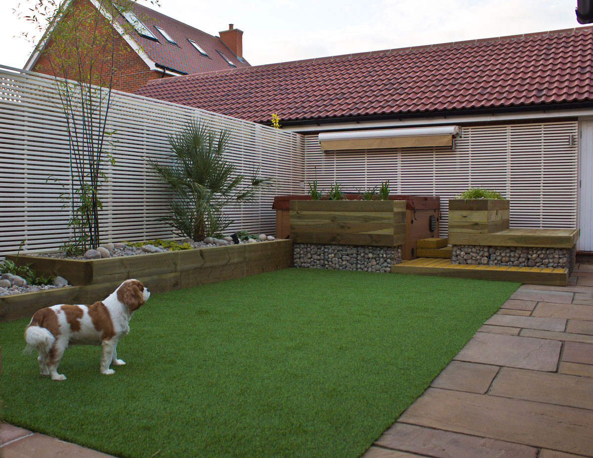 Low-maintenance-garden-3-quercus-garden-