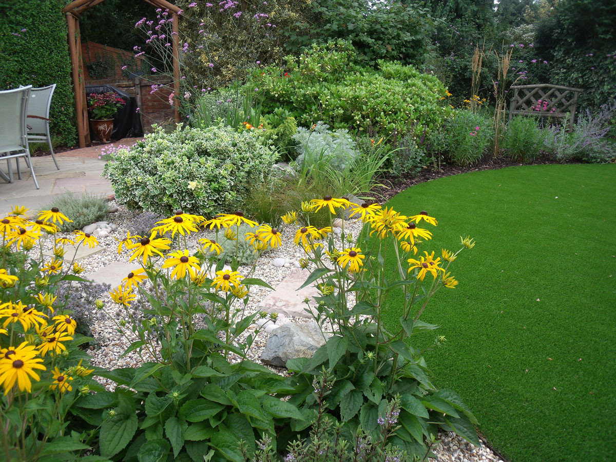 Modern-cottage-garden-12-quercus-garden-