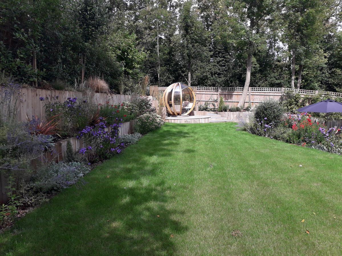 Entertaining-garden-7-quercus-garden-des