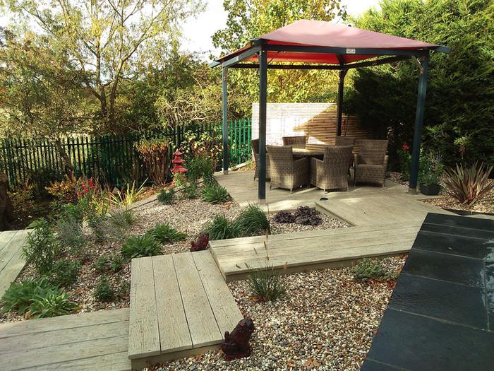 Composite-deck-garden-1-quercus-garden-d