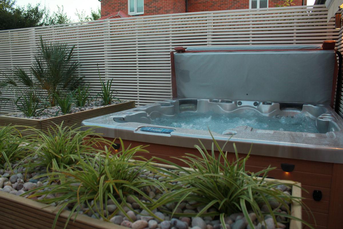 Low-maintenance-garden-1-quercus-garden-