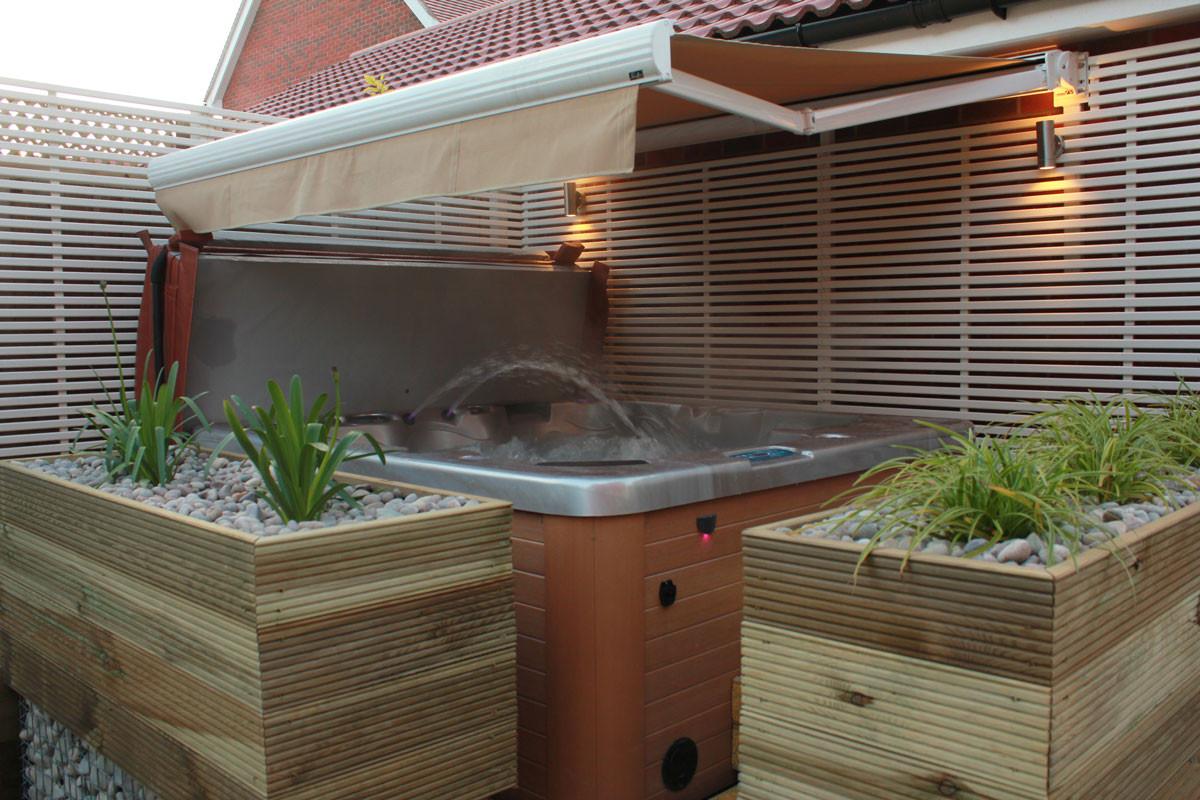 Low-maintenance-garden-8-quercus-garden-