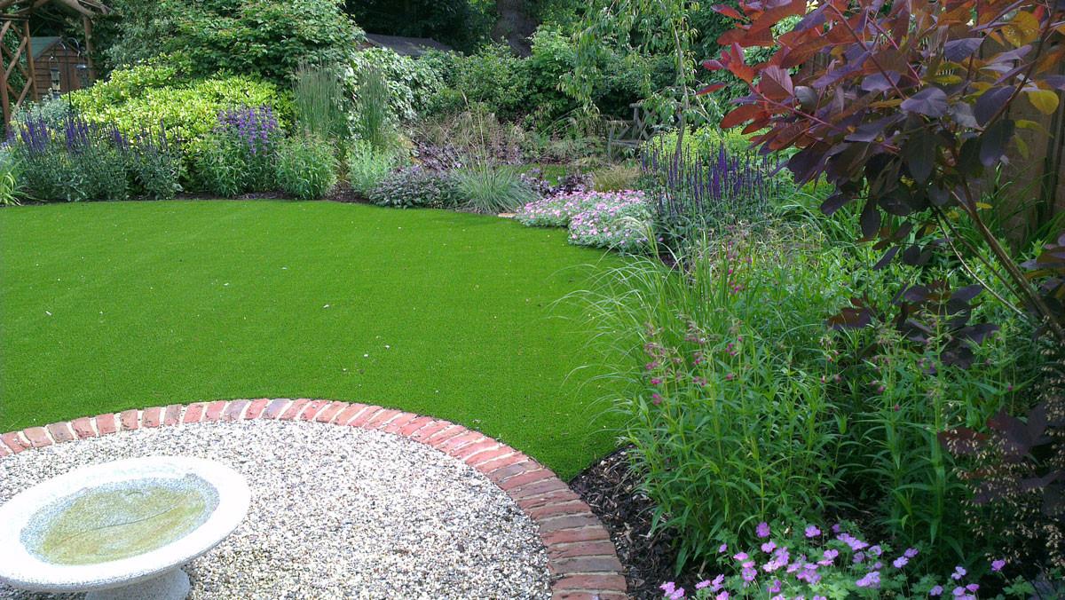 Modern-cottage-garden-10-quercus-garden-