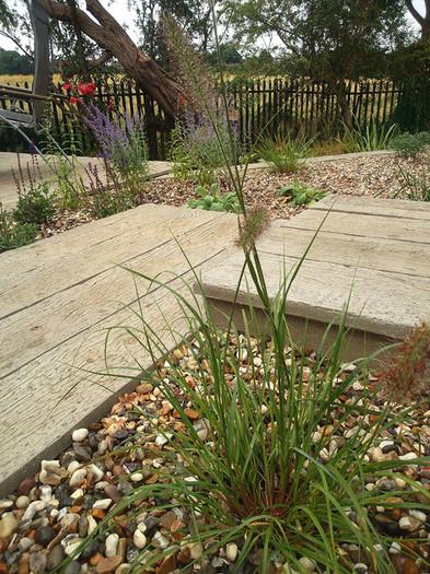 Composite-deck-garden-2-quercus-garden-d