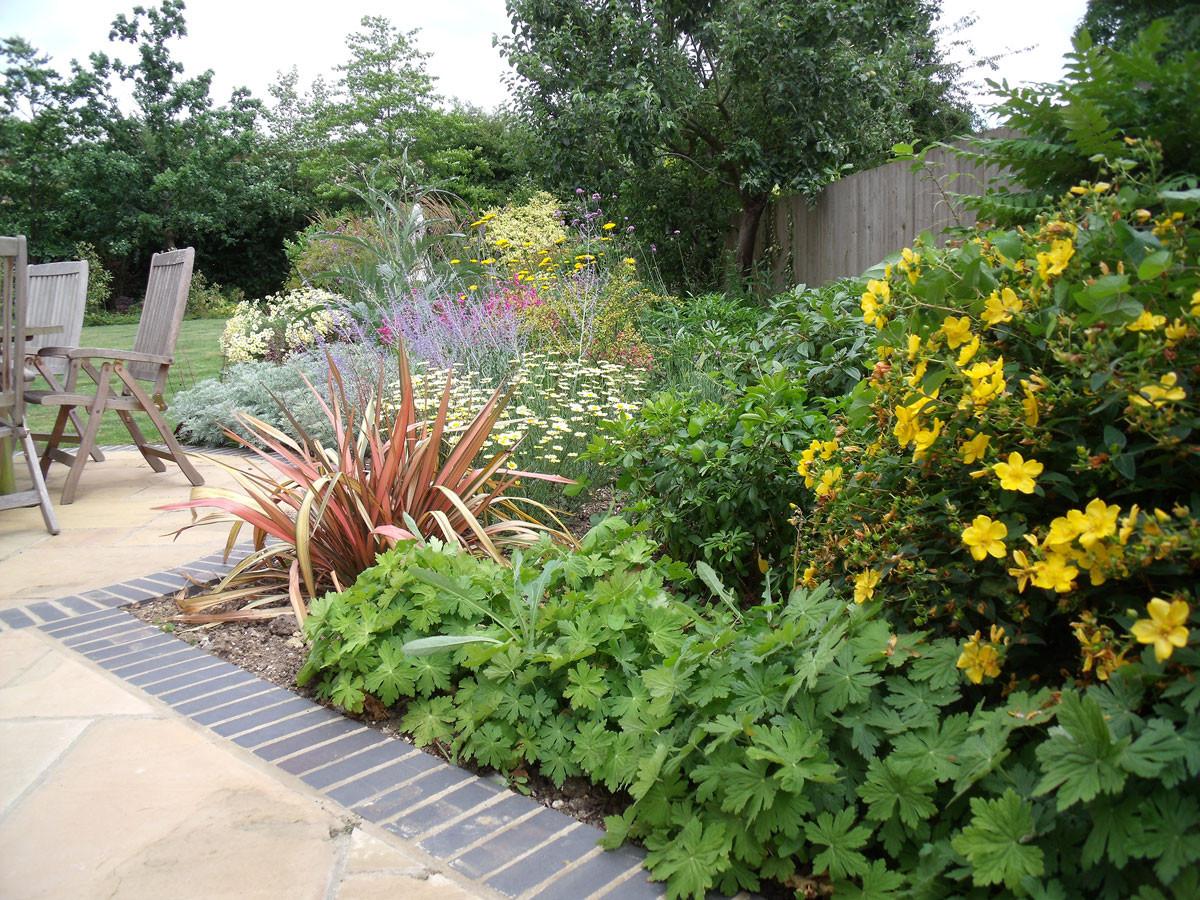 Planting-5-mixed-planting-quercus-garden