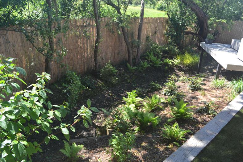 Composite-deck-garden-10-quercus-garden-