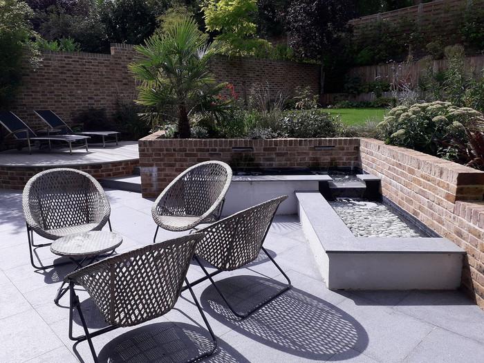 Entertaining-garden-1-quercus-garden-des
