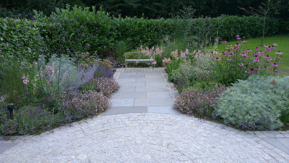 Planting-7-cottage-planting-quercus-gard