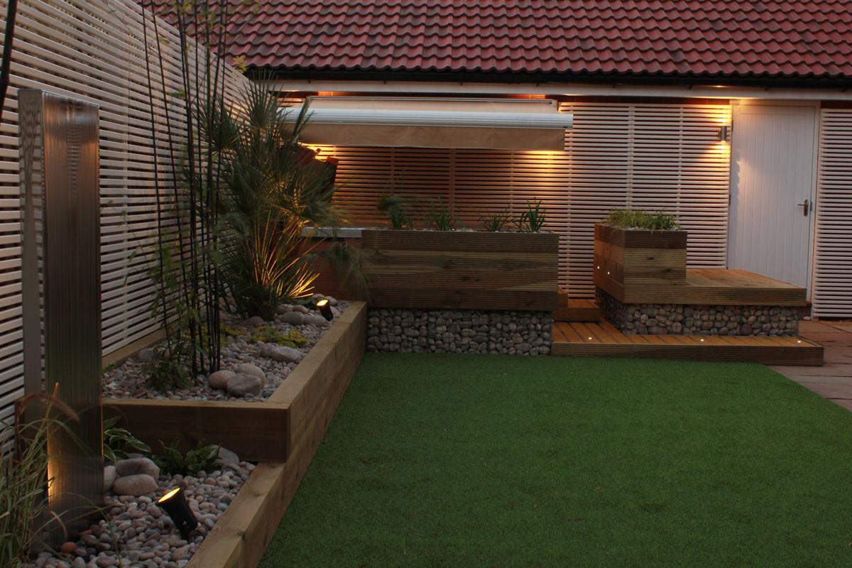 Low-maintenance-garden-5-quercus-garden-