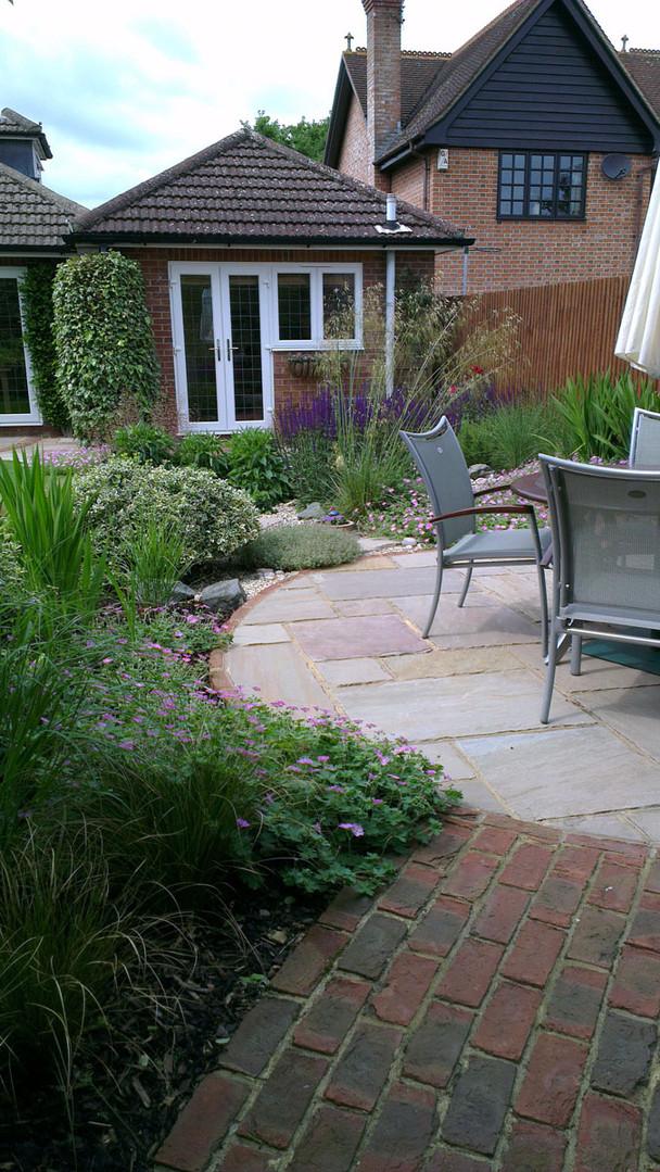 Modern-cottage-garden-5-quercus-garden-d
