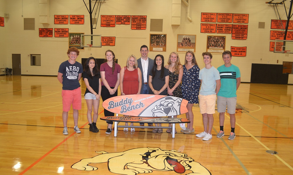 Former Chicago Bears Linebacker Matt Mayberry Speaks with Williams Bay Students
