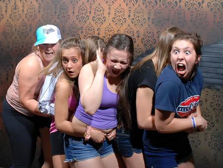 15 photos hilarantes de gens pris en pleine stupeur !