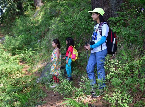 Yogarambha Himalayan Camp - Kids enjoying a trail