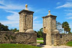 city-gates-St-Augustine-Florida