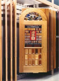 InLine door display for rack bay
