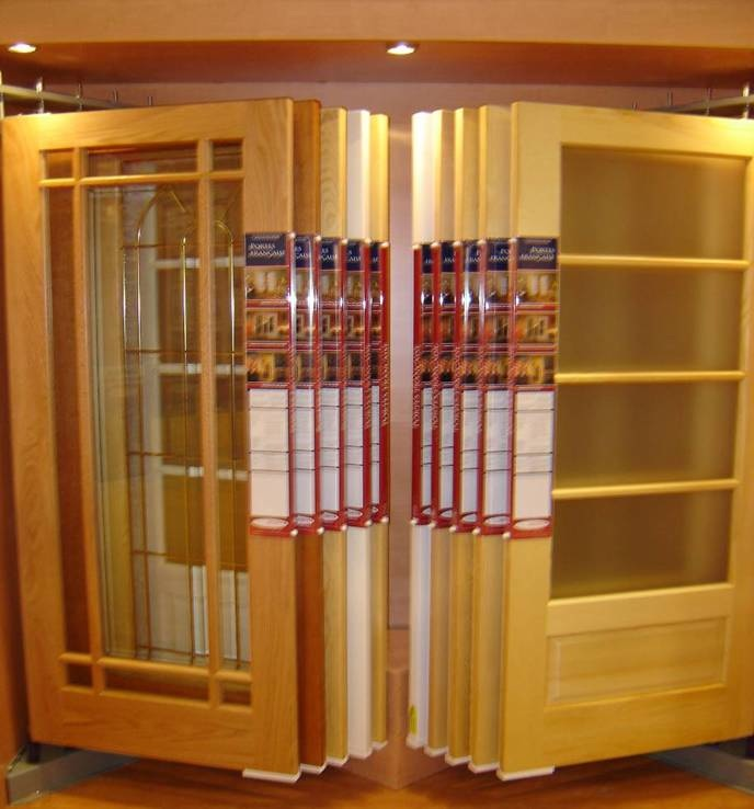 showroom display for doors