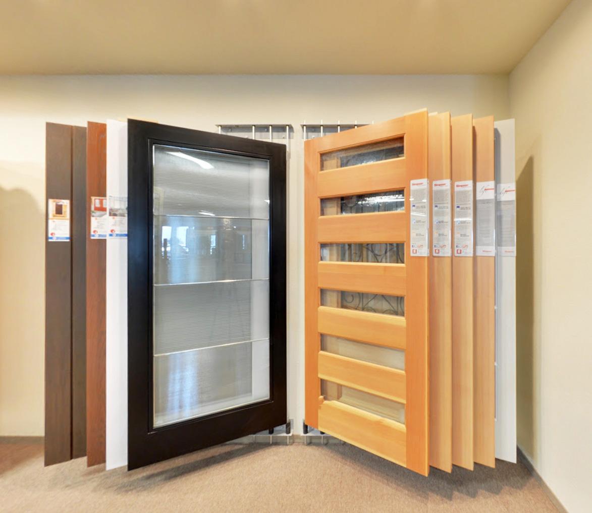 Wallmount door display system