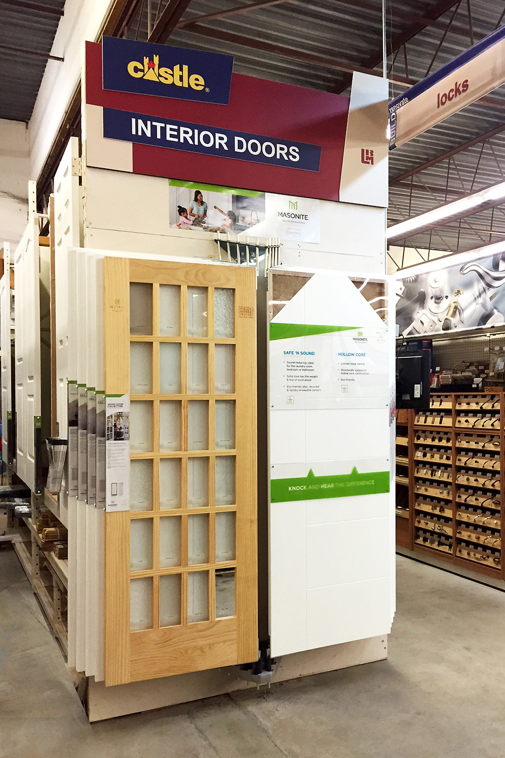 10 Wing wall-mounted door display system for in-bay, rack, showroom