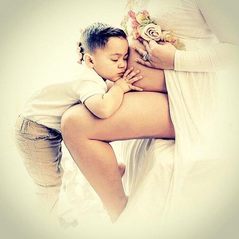 #maternityphotography #maternityshoot #m