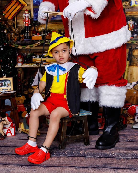 Holiday Full Session with Santa