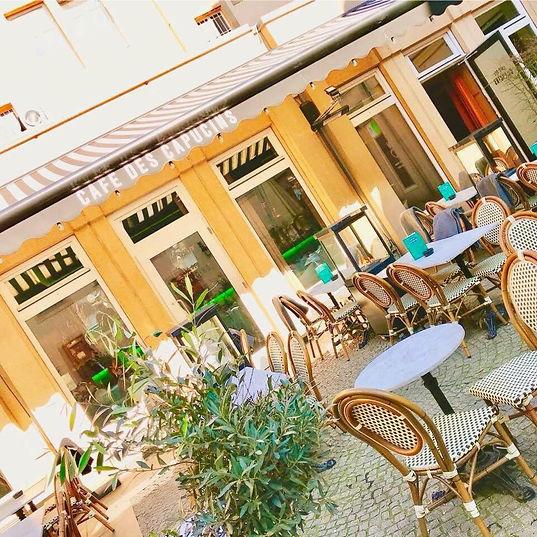 Terrasse_café_des_capucins.jpg