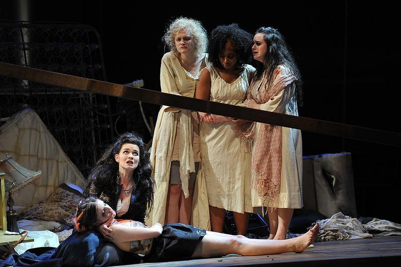 Chorus, Hecuba and Polyxena