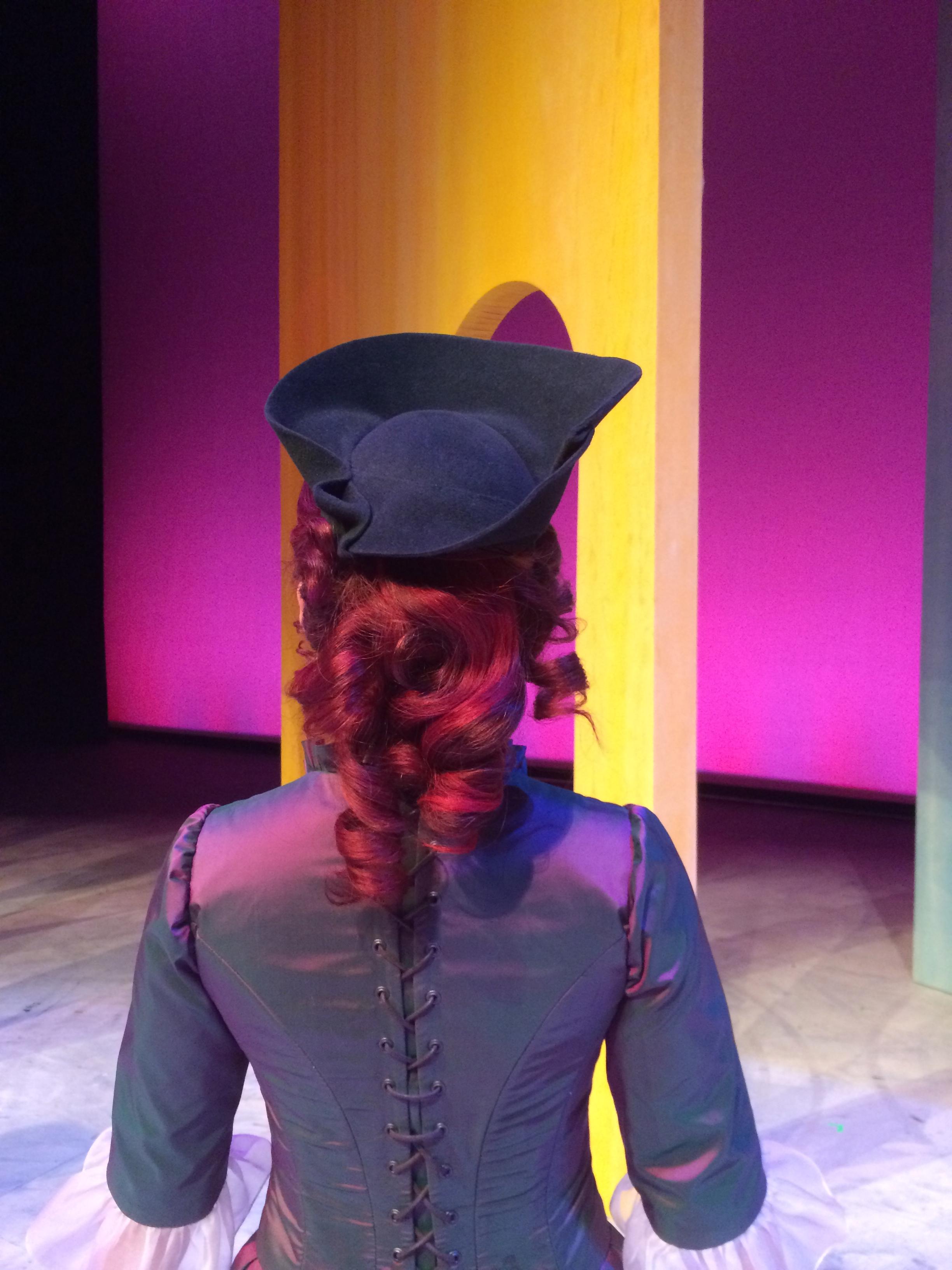 L'étoile, draped felt hat