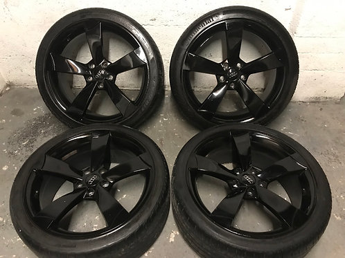 TTRS 19 Inch Gloss Black 5x112 Audi 255 35 19 Tyres