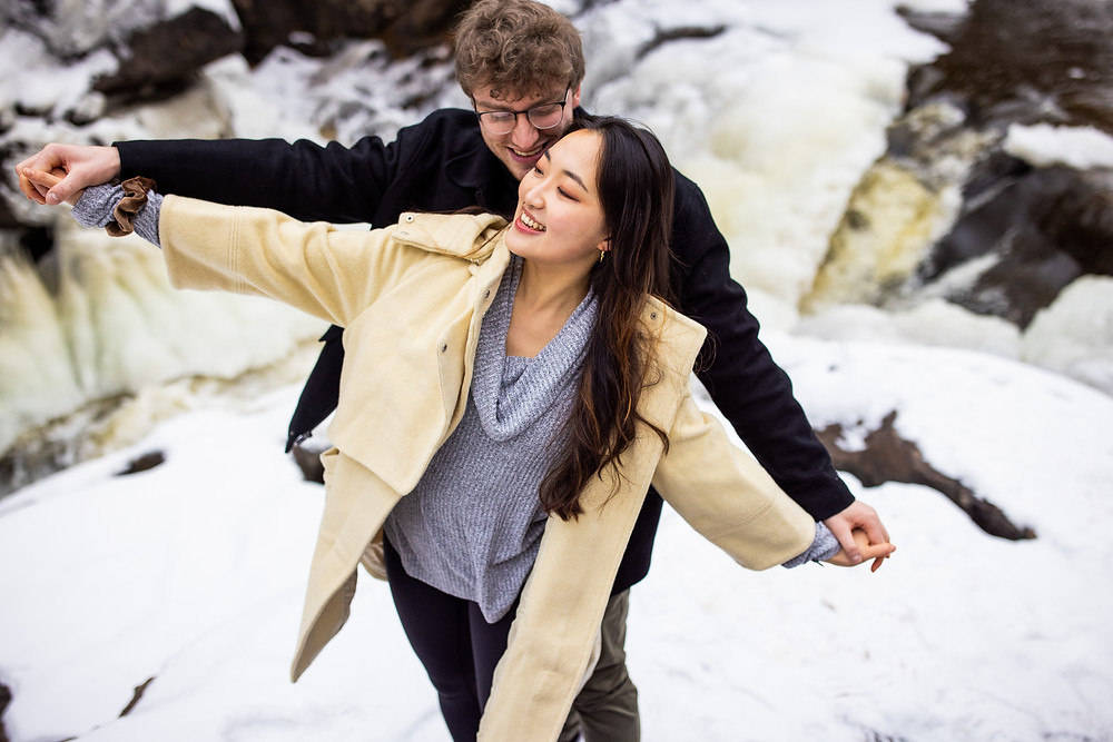 North Shore Elopement Hiking photographer Beaver Bay MN