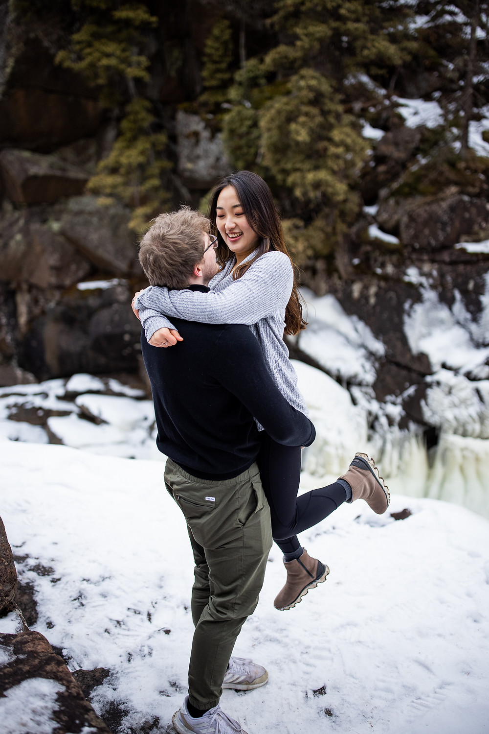 North shore Northern MN Photographer  Elopement Photographer