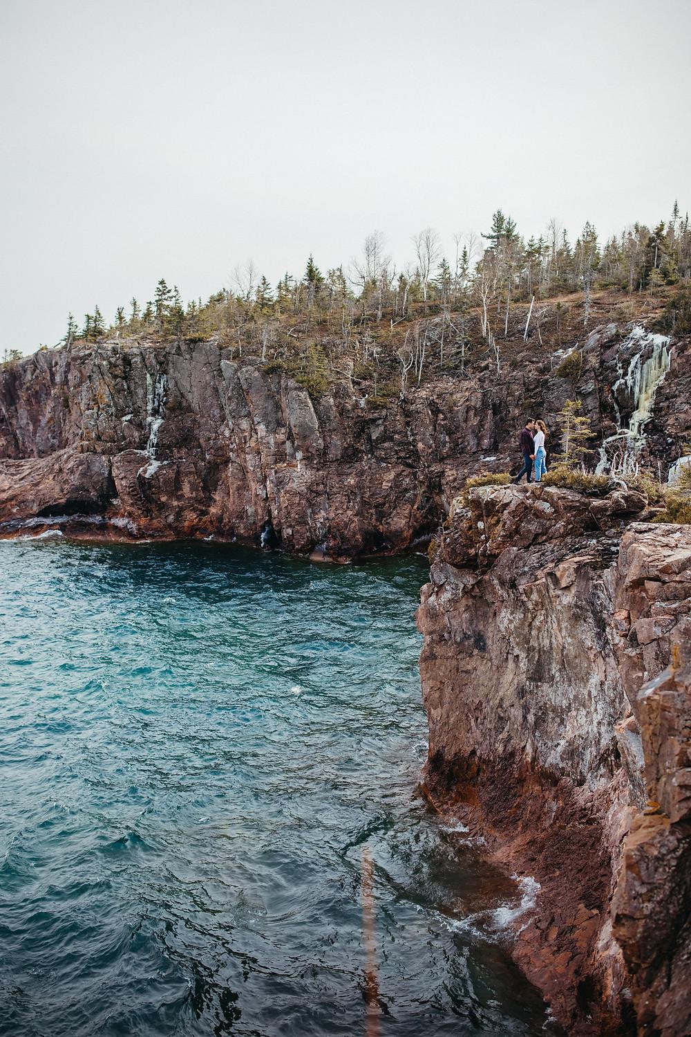 https://en.wikipedia.org/wiki/North_Shore_(Lake_Superior)