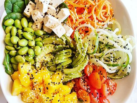 Green bowl med sötpotatis, mango & avokado