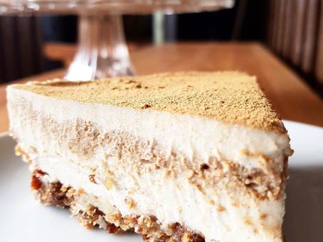 Raw kanelbulle-cheesecake