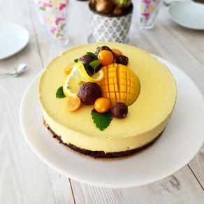 Brownie- & mangomoussetårta (vegansk, lchf & paleo)