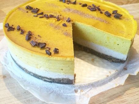Läcker saffran- & vaniljcheesecake med pepparkaksbotten (utan gluten, vitt socker eller mjölk)