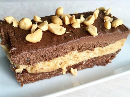 Himmelsk choklad- & jordnötscheesecake