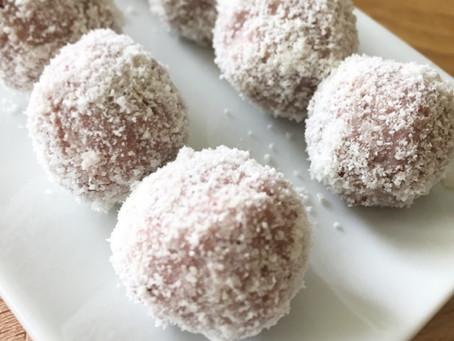 Raw jordgubbsbollar