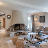 Events-by-Carol-mas-des-oliviers-living-room-fire-place-1024x685.jpg