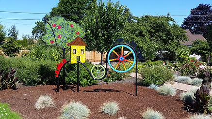 Public art: Applegate Trail metal sculpture on display in Dale Collins park