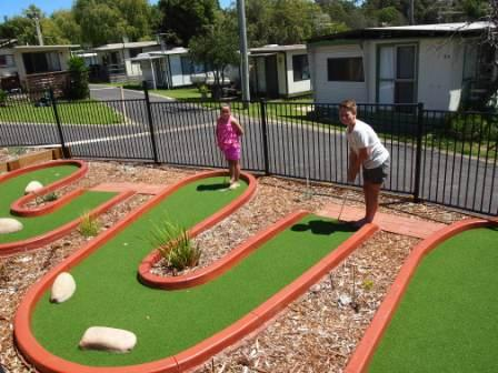 Pleasurelea facilities mini golf