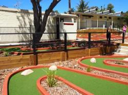 Pleasurelea Batemans Bay mini golf